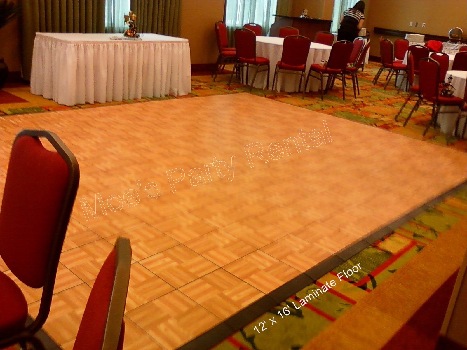 12 X 16 Oak Laminate Dance Floor